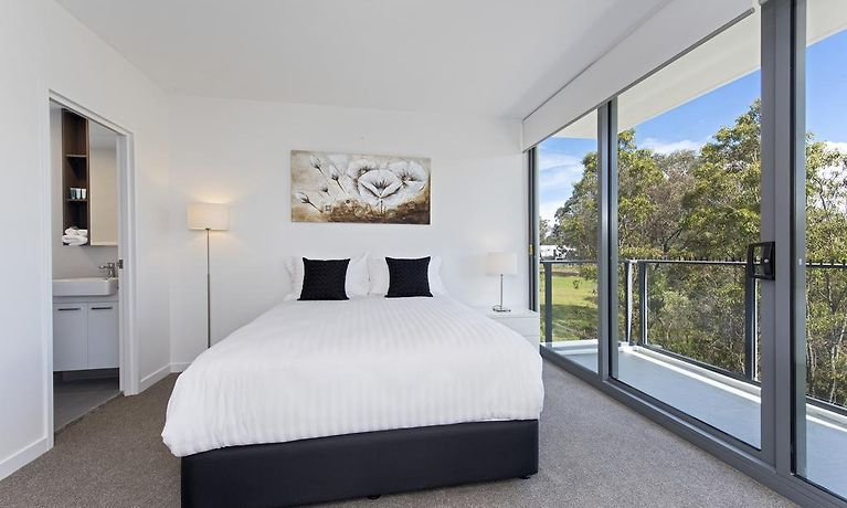 ASTRA APARTMENTS NORWEST, SYDNEY **